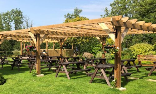 beer garden at the anchor inn exebridge